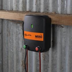 Electrificateur/poste de clôture Gallagher secteur M550 (230V - 5,5 J) Electrificateurs sur secteur